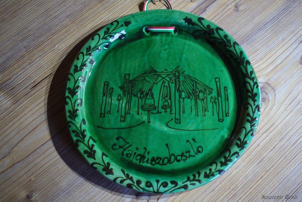 Hajdúszoboszlói fali nagy tányér zöld