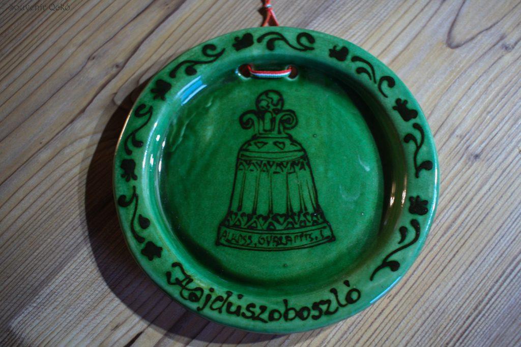 Hajdúszoboszlói fali tányér kicsi zöld