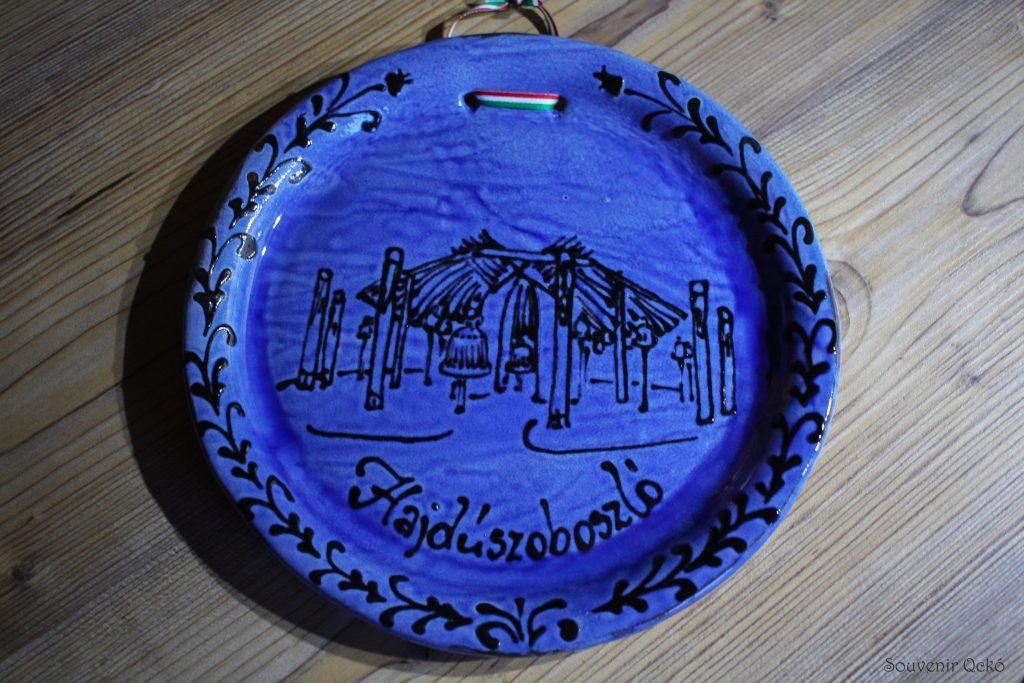 Hajdúszoboszlói fali nagy tányér kék