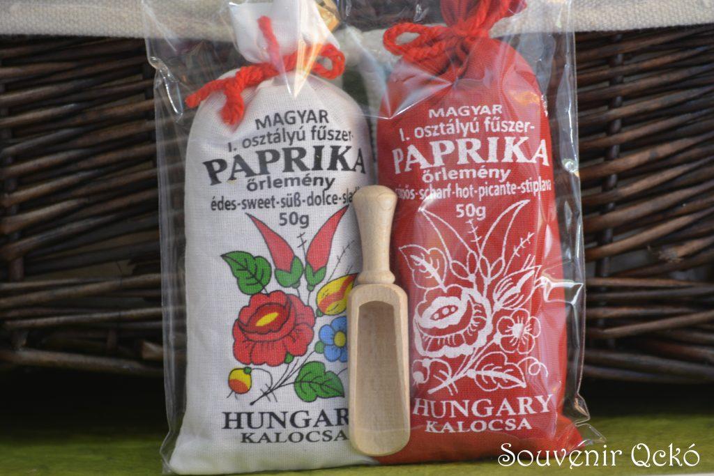 Magyar fűszer paprika Kalocsa fűszerkanállal